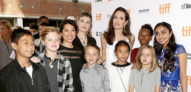 Анджелина Джоли (Angelina Jolie) биография, фото, личная